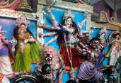 আজ শারদীয় উৎসবের মহানবমী ॥ মণ্ডপে মণ্ডপে বাজবে বিদায়ের সুর