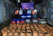 বরগুনার ফকিরহাটে কোস্ট গার্ডের অভিযানে ২০ লক্ষ পিস গলদা ও বাগদা রেণু জব্দ